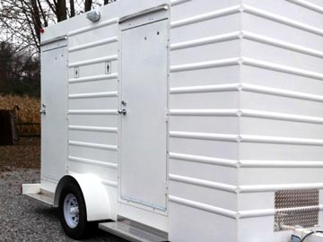 Heated Portable Toilets and Trailers